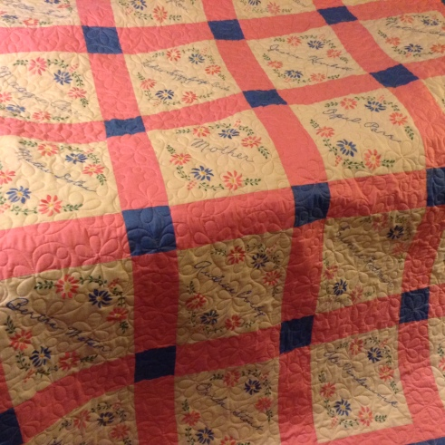 Ladies Friendship Circle 1931 quilt, long-arm quilted by Betty Anne Guadalupe, Guadalupe Designs.