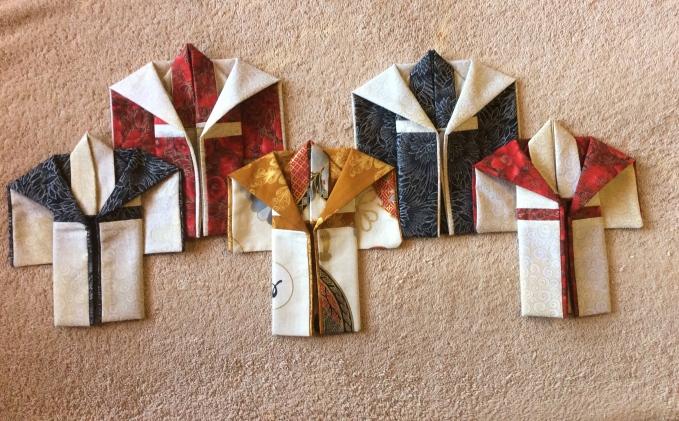I made myself a set of 5 miniature kimonos
